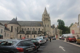 Meung-sur-Loire, Stiftskirche Saint-Liphard