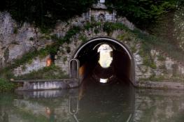 Am Canal du Rhône au Rhin bei Thoraise, Kanaltunnel