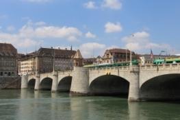 Basel, Mittlere Brücke
