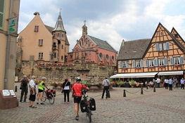 Eguisheim, Burg mit St.-Leo-Kapelle