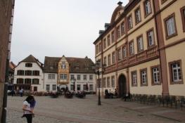 Platz am Stadthaus in Neustadt an der Weinstraße