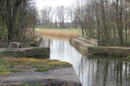 König-Ludwig-Kanal mit Schleuse bei Röthenbach