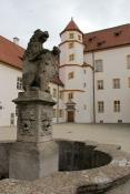 Sulzbach, Löwe im Innenhof der Burg