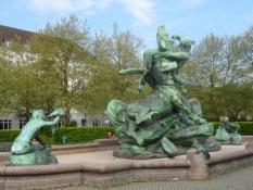 Mytologisk springvand med kentaurer og havfruer/Mythological fountain with centaurs and mermaids
