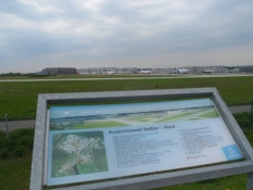 Udsigtsplatform ved Airbus-flyfabrikken/A viewing platform at the Airbus aircraft plant