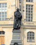Dresden, Lutherdenkmal vor der Frauenkirche