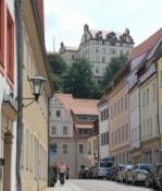 Pirna, Blick vom Markt zum Schloss Sonnenstein