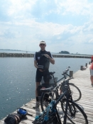 mens Michael og jeg cykler hjem hver især derfra/while Michael and I bike home respectively
