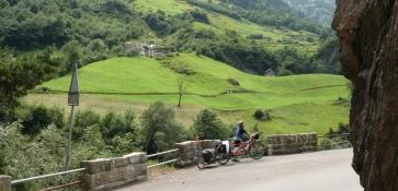 nach Amsteg die Gotthardstrasse
