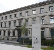 München var nazi-partiets hovedkvarter, her ʺFører-bygningenʺ/Munich was the nazi party capital