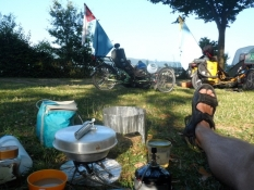 Campinglivet nydes i fulde drag/Camping life is enjoyed to the full