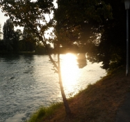 Sen ankomst til campingpladsen i Waldshut/A late arrival at the campsite of Waldshut