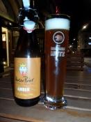 En stille øl i på Basels Barfüsserplatz/A quiet beer on Baselʹs amusement square
