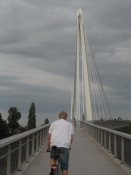 Den fede cykelbro over til Tyskland/The superb bicycle bridge across the Rhine to Germany