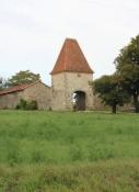 Bauernhof hinter Mézin
