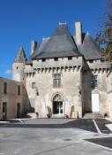 Barbezieux, Reste der ehemaligen Burg