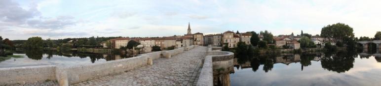 Confolens mit Pont Vieux