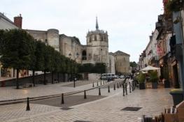 Château de Amboise von der Stadtseite