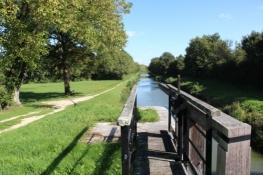 am Canal dʹOrléans - links der ʺRadwegʺ