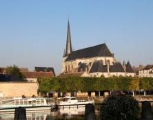 Nemour, Kirche Saint-Jean-Baptiste