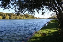 Seine-Ufer hinter Melun