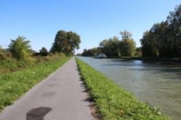 Am Canal lateral à lʹOise hinter Noyon