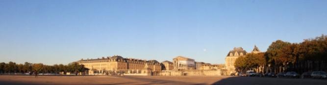 Château de Versailles in der Morgensonne