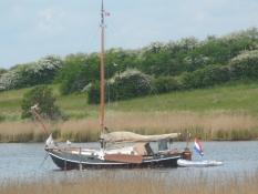 Med et hollands træskib for anker/With a Dutch wooden boat anchored up