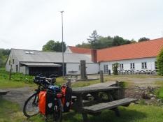 Eftermiddagshvil på Trente friluftsgård/Afternoon break at Trente nature centre