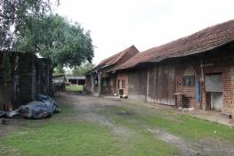 Hofraum eines Bauernhofes