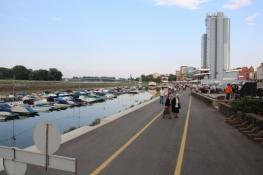 Osijek, Hafenbecken an der Drau