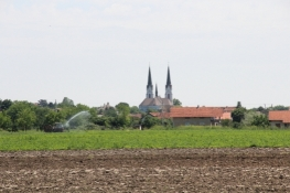 Futog mit Herz-Jesu-Kirche