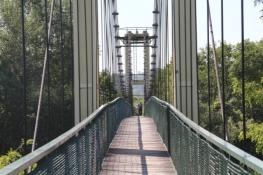 Hängebrücke über die Raba