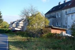 Eisenbahnbrache am Balkantrassen-Weg
