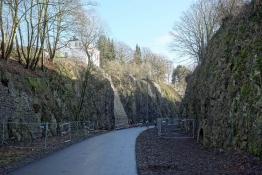 Nordbahntrassenweg im Einschnitt in Wuppertal-Langerfeld