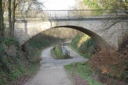 Abzweig der Bahntrassenradwege Kohlenbahn/Silscheder Kohlenbahn in Schee