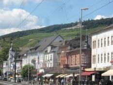 Turisternes favorit Rüdesheim/The touristsʹ favourite of Ruedesheim