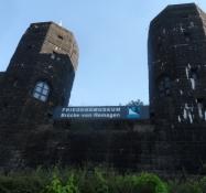 Tårnene fra den gamle Rhinbro i Remagen/The bridge towers of the old Rhine bridge at Remagen