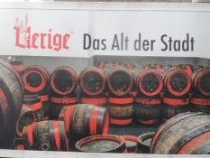Det overgærede alt-øl smager lidt som en engelsk bitter/The alt ale tastes a bit like English bitter