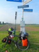 Et eksempel på den eminente cykelruteskiltning/An example of the suberb cycle route signposting