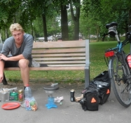 Vi laver aftensmad i parken Het Park/Cooking dinner in the park Het Park