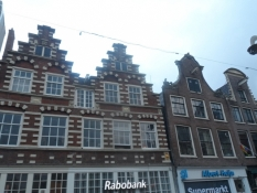 Flotte hollandske gavlhuse ud til Nytorv (Nieuwe Markt)/Elegant Dutch gable houses on Nieuwe Markt
