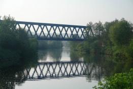 Eisenbahn-Brücke über die Saar in Saarbrücken-Schönbach