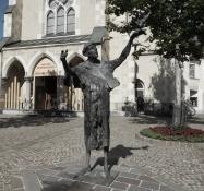 Villach: Nikolaiplatz Franz von Assisi