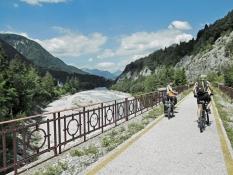 Pontebbana-Radweg bei Bagni di Lusnizza Brücke über den Fluss Fella
