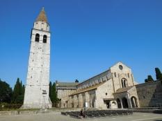 Aquileia: Piazza Capitolo, Basilica di Santa Maria Assunta