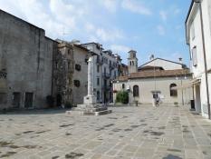 Grado: Piazza Duca DʹAosta