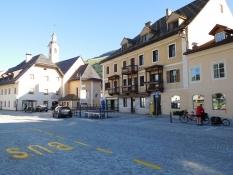 Niederdorf: Via Frau Emma (am Dorfplatz)