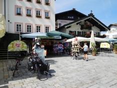 St. Johann: Hauptplatz