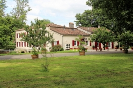 Accommodation in Sainte-Marthe